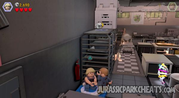 lego-jurassic-world-level-5-visitor-center-walkthrough-cheats-4