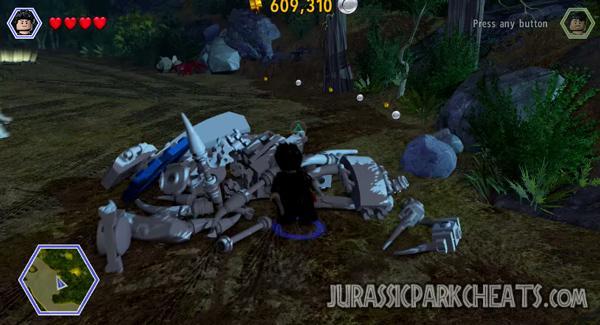 lego-jurassic-world-level-8-the-hunted-walkthrough-cheats-3