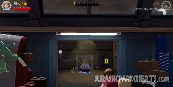lego-jurassic-world-level-20-main-street-showdown-walkthrough-cheats-7